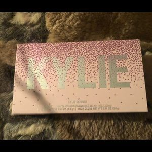 Kylie cosmetics by Kylie Jenner lip set